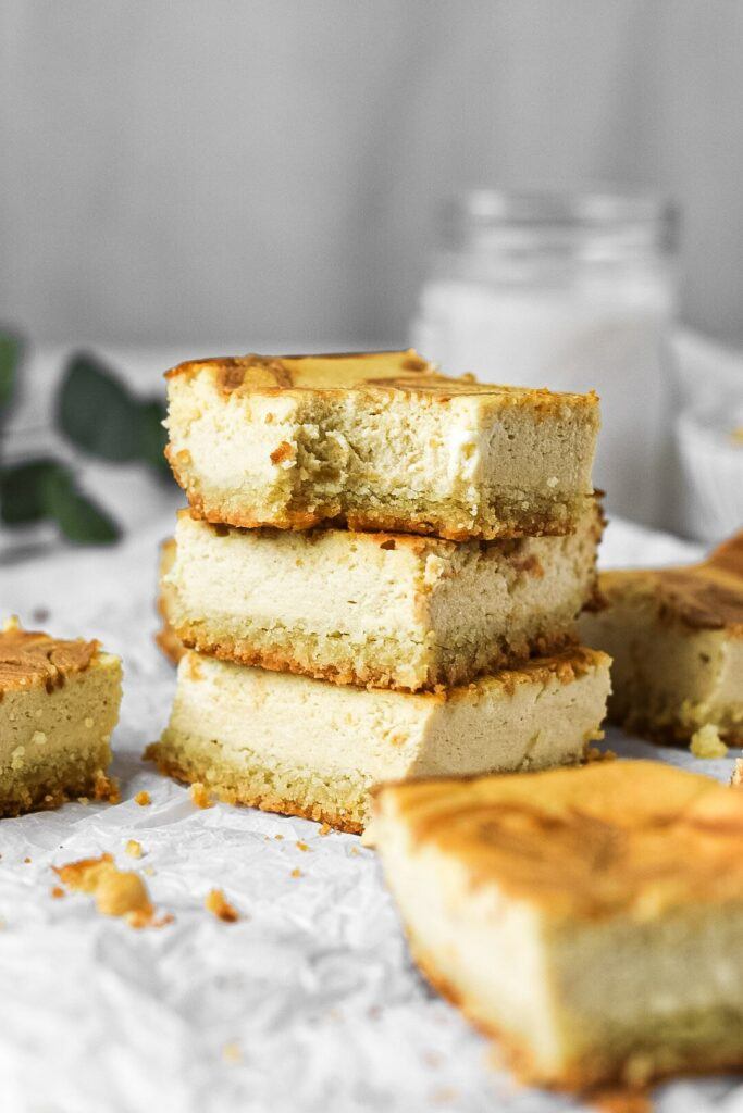 moresweetthansaly.com-keto -cheesecake-squares-peanut-butter-squares