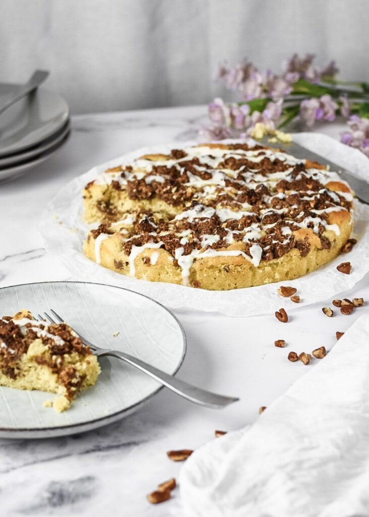 moresweetthansalty.com-keto-cinnamon-roll-coffee-cake-peacan-drizzle-cheese