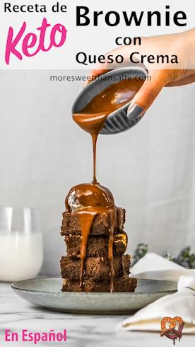 moresweetthansalty.com-receta-de-brownie-keto-con-queso-crema