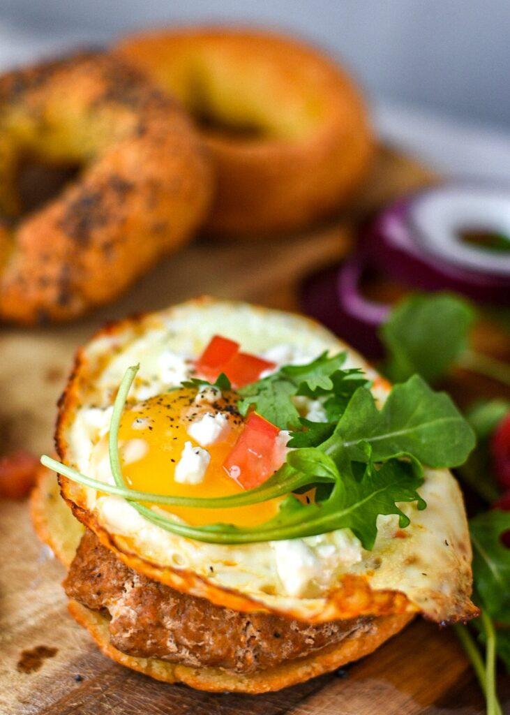 moresweetthansalty.com-bagel-with-almond-flour-egg-sandwich