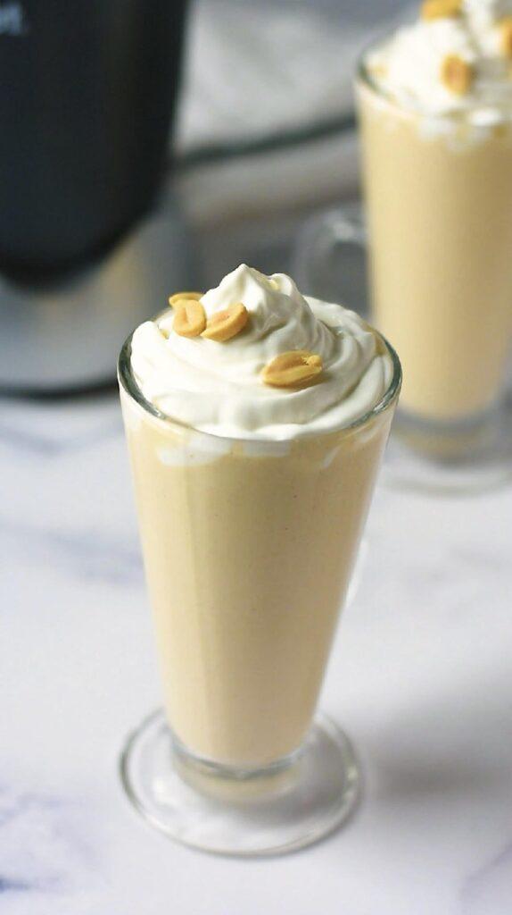moresweetthansalty.com-peanut-butter-smoothie-5-minute-blender